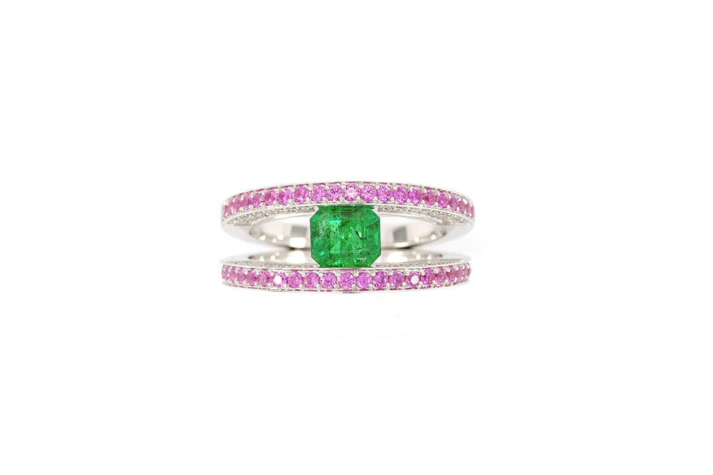 Bague Emeraude, Saphirs roses et Diamants 2