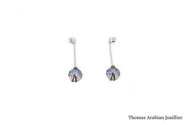 Pendants d'oreilles Eclosion Saphirs bleus et diamants