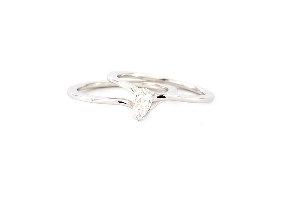 """Bague """"Nous Deux"""" - Diamant Poire et Or blanc"""
