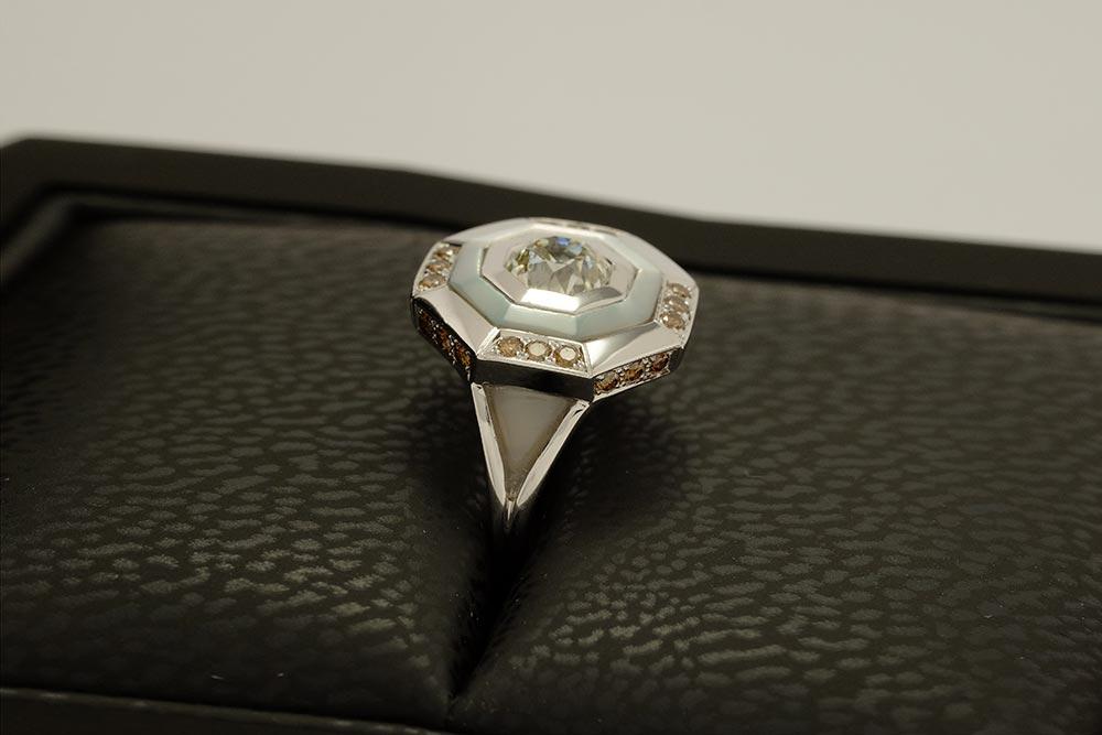 Bague Palais des Glaces - Or blanc, nacre et diamants - 4