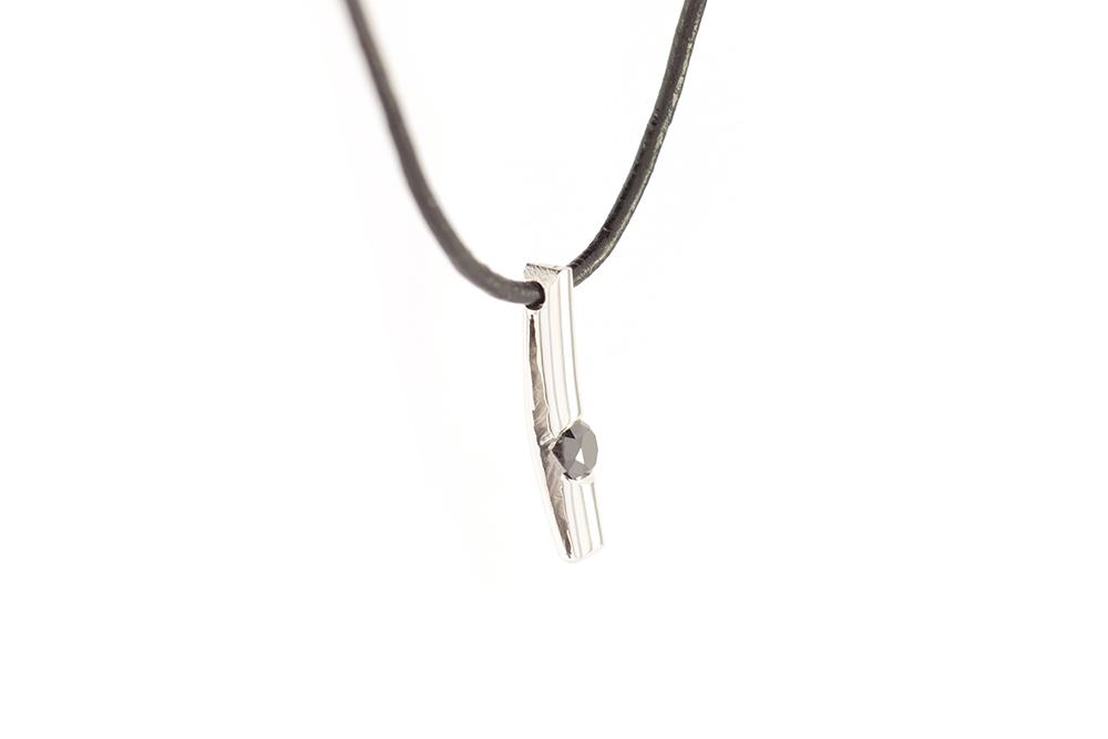 Pendentif Douceur Brute - Diamant noir 5