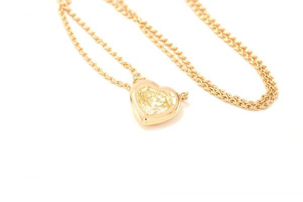Pendentif Love - Or Jaune et Diamant Jaune 4