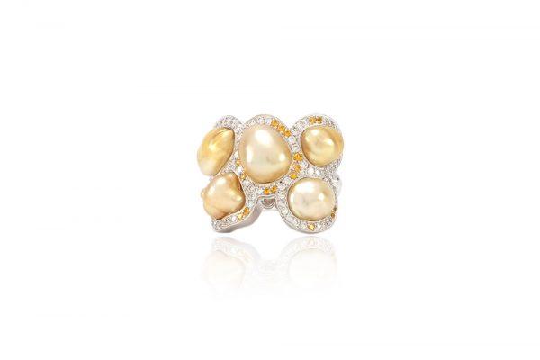 Bague Butterfly - Diamants, saphirs jaunes et Or Blanc 1