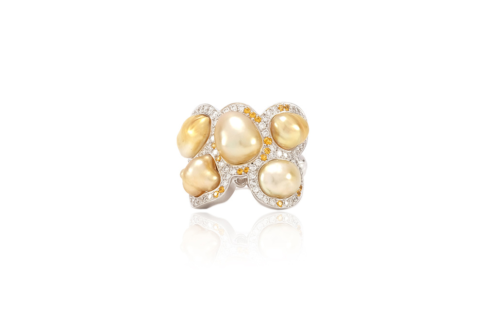 Bague Butterfly - Diamants, saphirs jaunes et Or Blanc 1