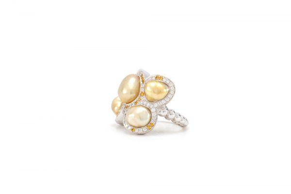 Bague Butterfly - Diamants, saphirs jaunes et Or Blanc 3