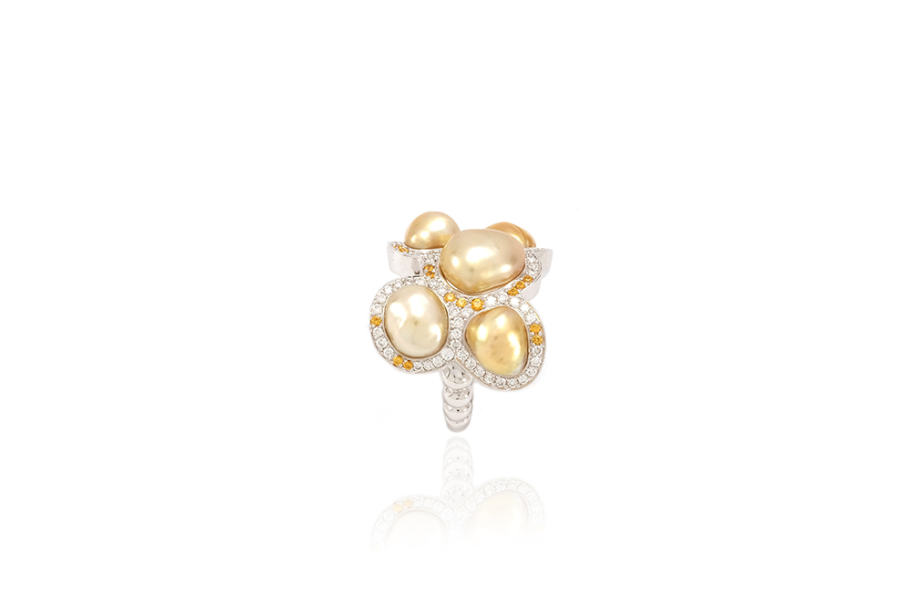 Bague Butterfly - Diamants, saphirs jaunes et Or Blanc 4