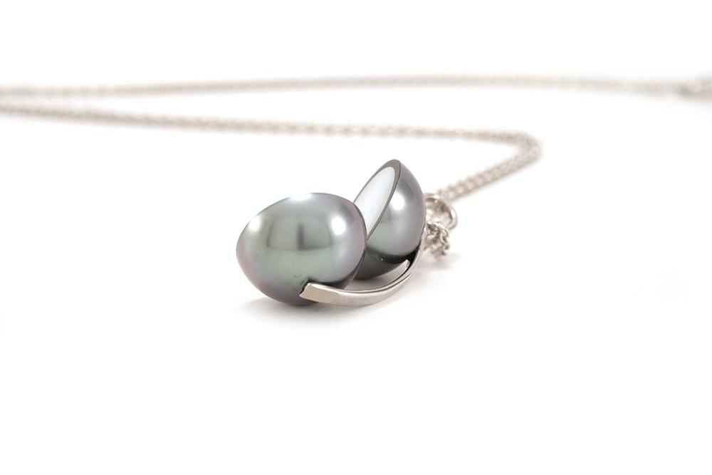 Pendentif Agora - Perle de Tahiti et Diamants sur Or blanc 5