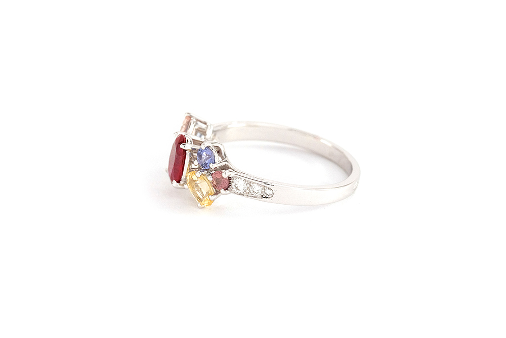 Bague Artémis - or blanc, rubis, saphirs et diamants 5