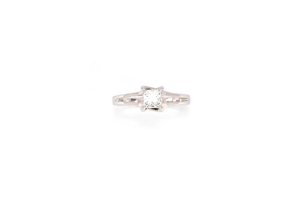 Solitaire Elyseum - Diamant Princesse et Or 18k 5