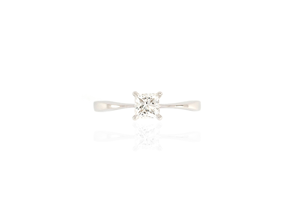 Solitaire Princesse - Or Blanc et Diamant Princesse 2
