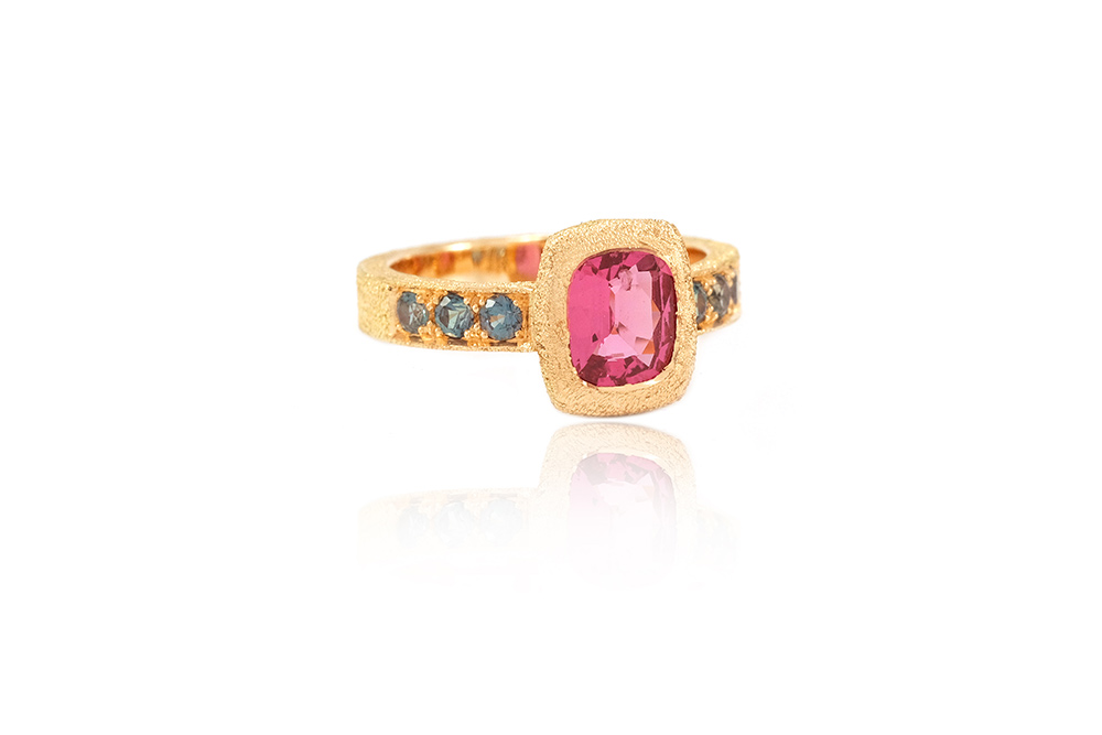 Bague Pink Perfume, Or, Spinelle et Alexandrites 2