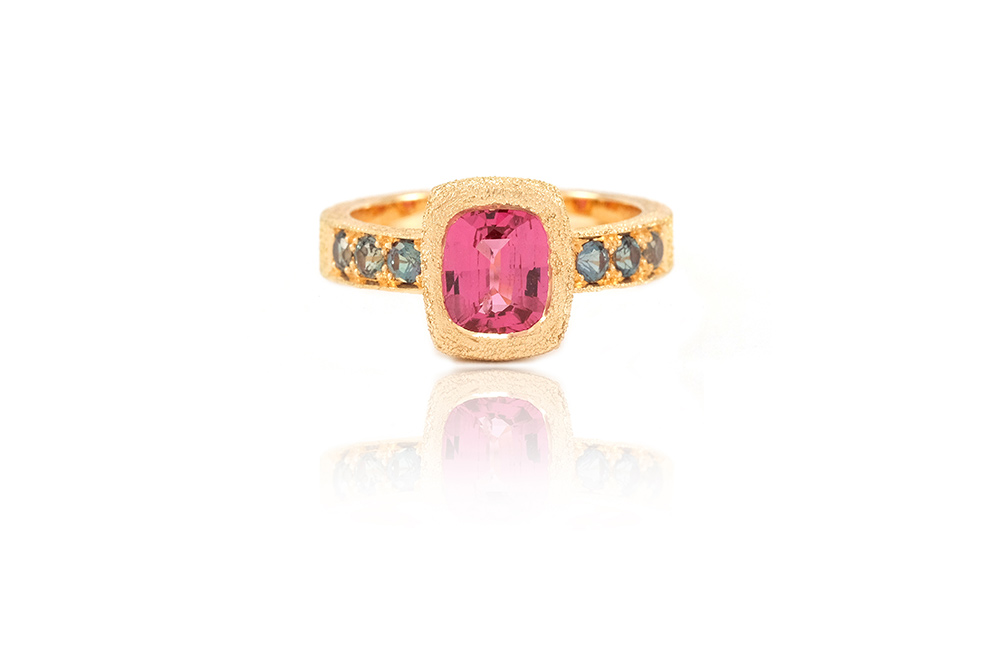 Bague Pink Perfume, Or, Spinelle et Alexandrites 4