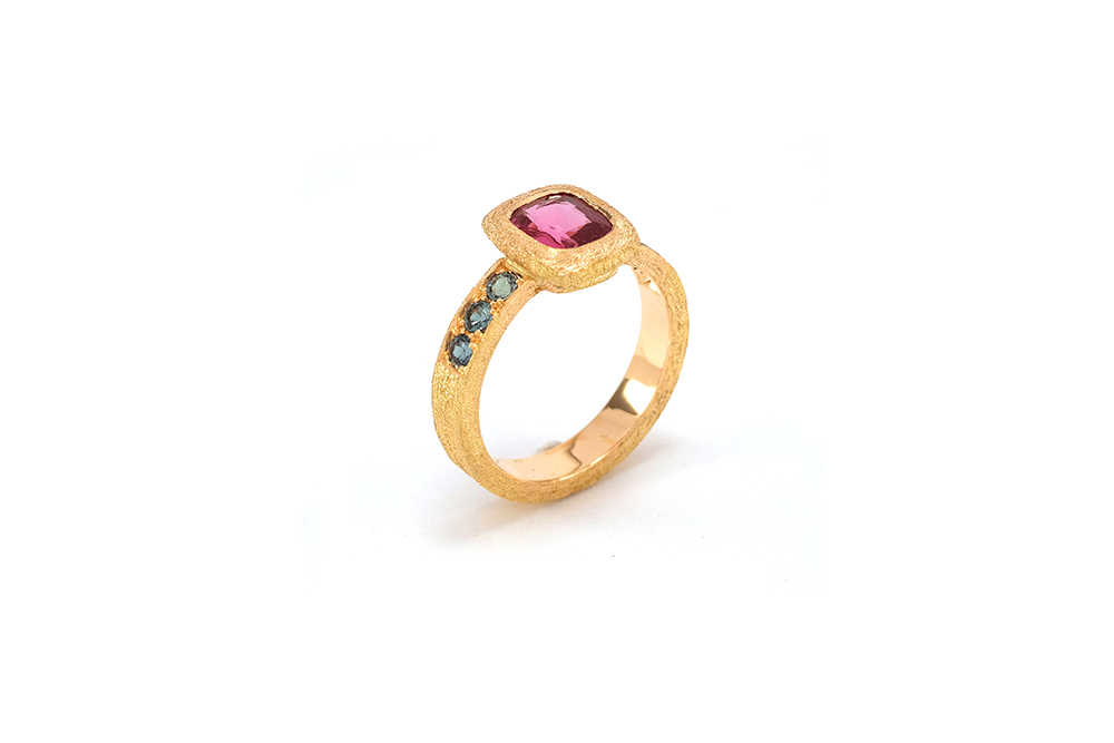 Bague Pink Perfume, Or, Spinelle et Alexandrites 6