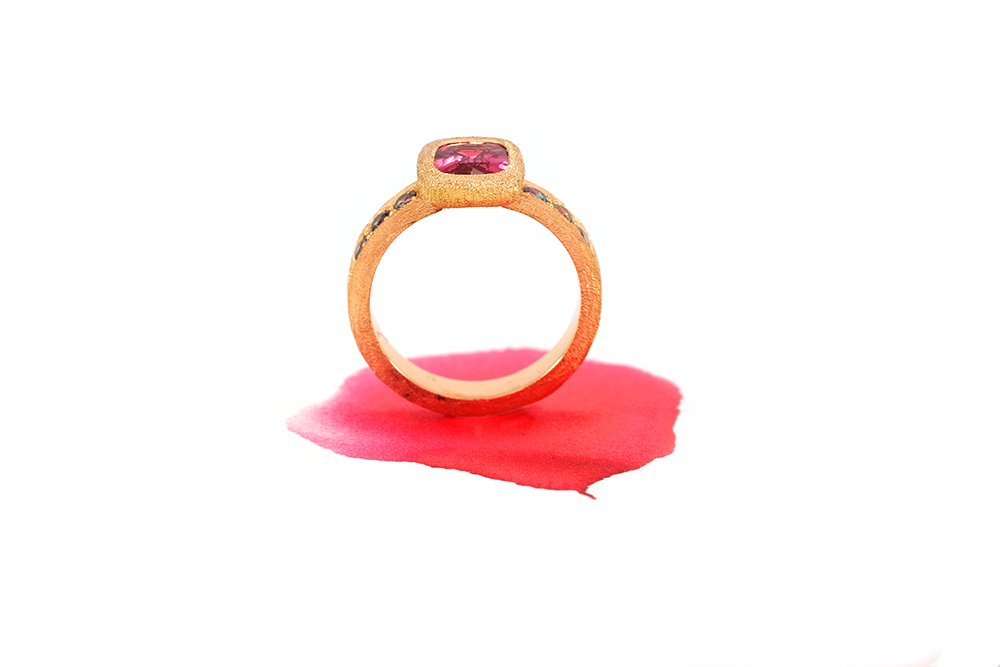 Bague Pink Perfume, Or, Spinelle et Alexandrites 8