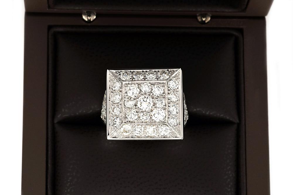 Bague Art de Vivre, or blanc et diamants 5