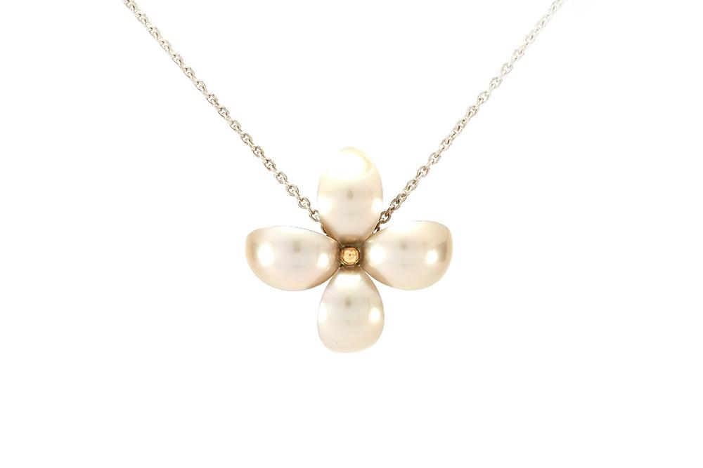 Pendentif Floraison, Or blanc et Jaune, Grenat Démentoïde et Diamants 4