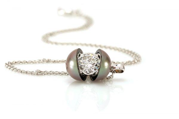 Pendentif Secret, Perle et Diamant 4