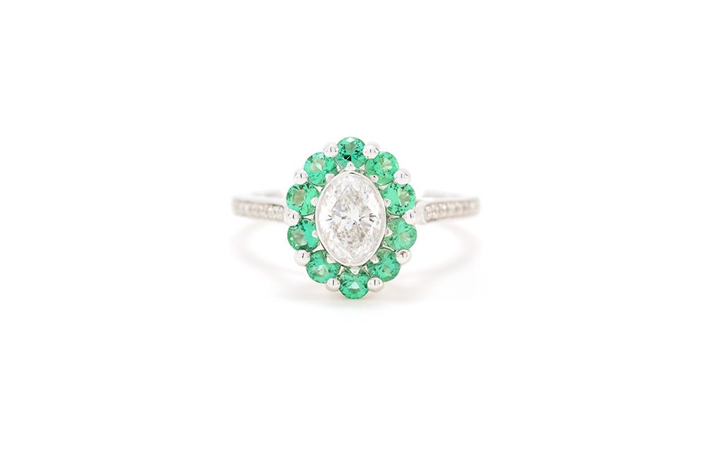 Bague Céleste, or blanc diamants et émeraude 1