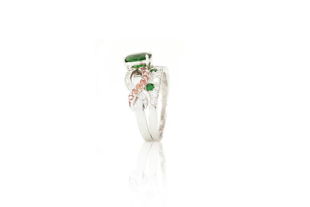 Bague Chlorophylle, or blanc diamants et tsavorite 13