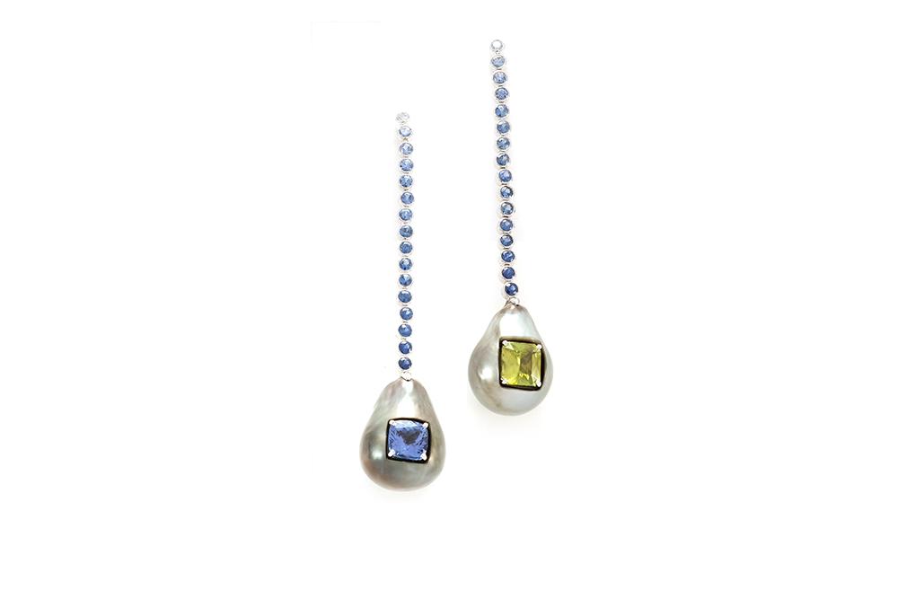 Boucles d'oreilles Fémina, or pierres et perles 1