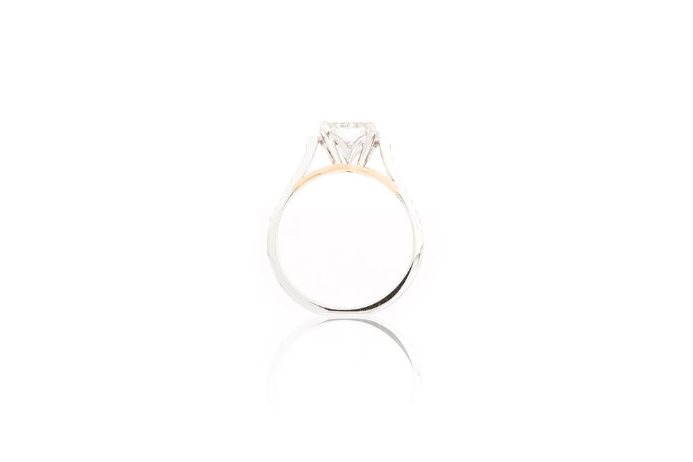 Solitaire Destin, or blanc et diamants 6