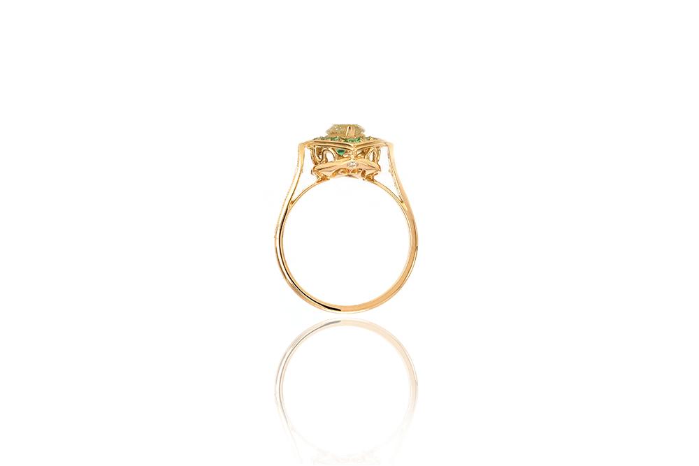Bague Promesse, Or jaune 18k, Diamants et Émeraudes 1