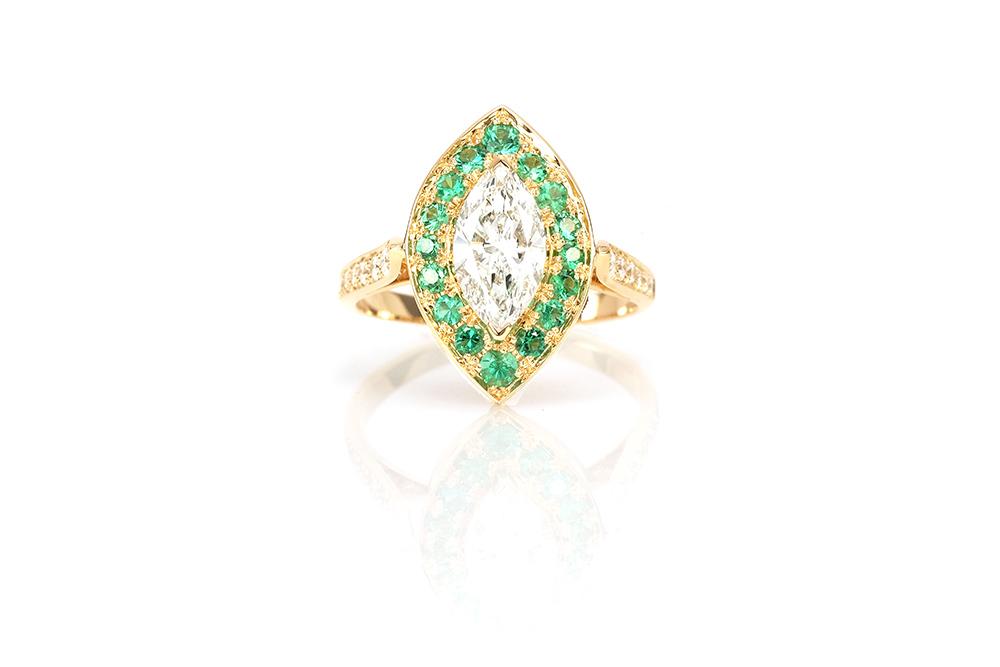 Bague Promesse, Or jaune 18k, Diamants et Émeraudes 3